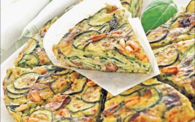 Ομελέτα φούρνου με κολοκυθάκια, γραβιέρα και κασέρι
