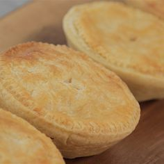 Try this Chicken, Ham and Leek Pies recipe by Chef Ben. This recipe is from the show The Great Australian Bake Off.
