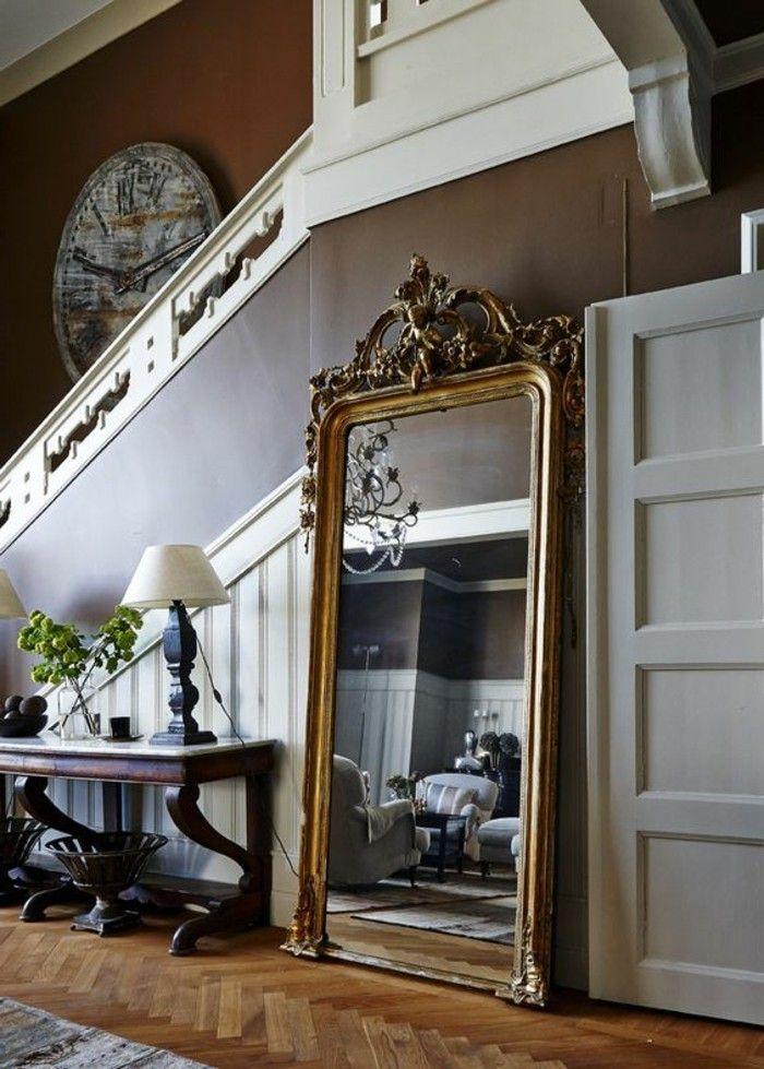 miroir dore ancien pour l entree de la maison