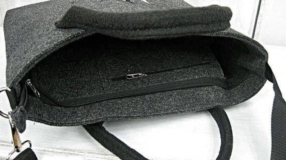 Más bolsos disponibles en mi tienda: https://www.etsy.com/shop/BPStudioDesign BOLSO fieltro del ordenador portátil, bolso del ordenador portátil < gato Monedero, bolso grande del gato Bolso del ordenador portátil de alta calidad con bordado. El bolso es grande y ligero, perfecto