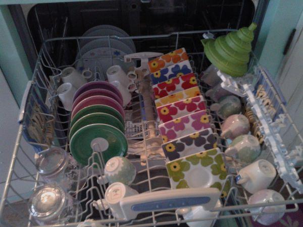 Cura degli elettrodomestici: la lavastoviglie