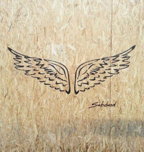 Arezzo #wings #blackwing #wallart #mural #murales #muralart #art #artist #streetart #subdued #selfie #angel #street #moodoftheday #instart #shop #retail (presso Centro Storico Arezzo)