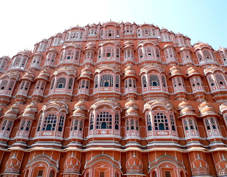 Jaipur is the capital of Rajasthan state, this is known as the pink city because it was built in pink stucco, and also the pink color is considered a lucky color in the state of Rajasthan. This cit...