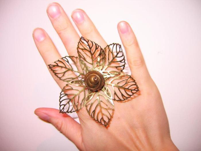"""Dont't leave me"" ring  Faun Noir Jewellery  www.faunnoir.com"