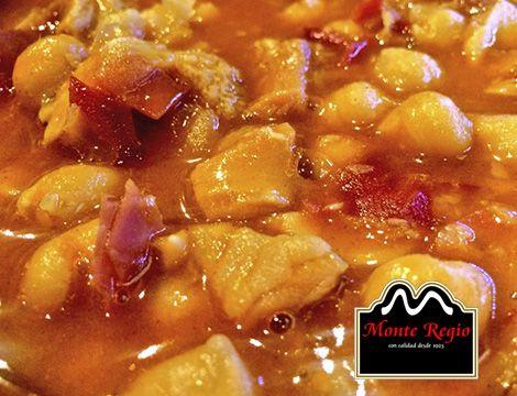 Callos con garbanzos y virutas de jamón ibérico #MonteRegio ¡una irresistible forma de combatir el frío!