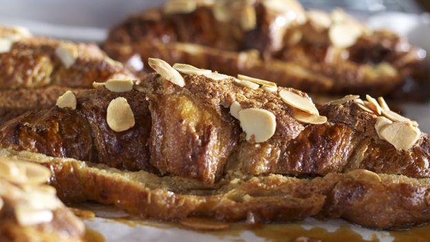Croissants amandes et érable / Cabane à Sucre au Pied de Cochon / Breakfast or Dessert