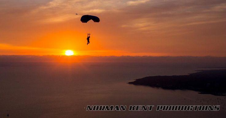 Skydive Mag - Surviving Death Online