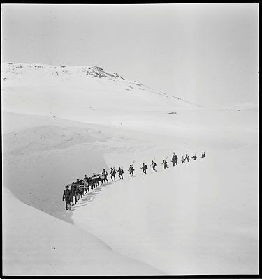 L_6927Fo30141707040030.tif   De norske styrker på Island   FotoWeb 8.0