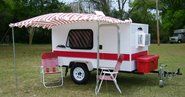Runaway Campers , based out of Marion County, Florida are not your typical teardrop trailer. These boxy, lightweight trailers are essentiall...