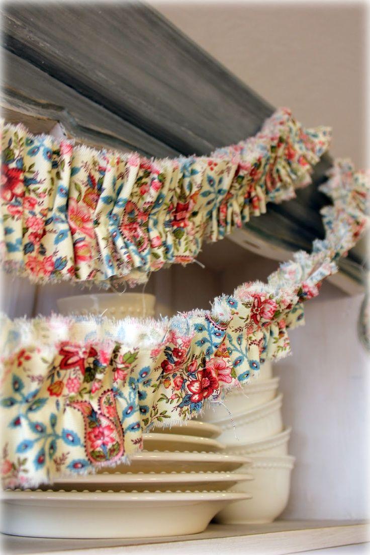 Bridgey Widgey: Ruffle Fabric Banner