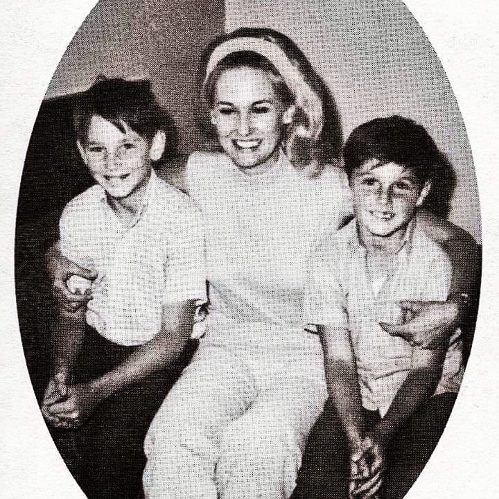 Tammy and step sons Jeff and Bryan Jones.