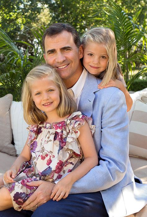 Prince Felipe and daughters in photos - Photo 1 | Celebrity news in hellomagazine.com