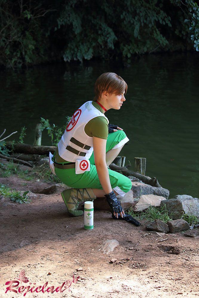 Rebecca Chambers Resident Evil / Biohazard cosplay V by Rejiclad
