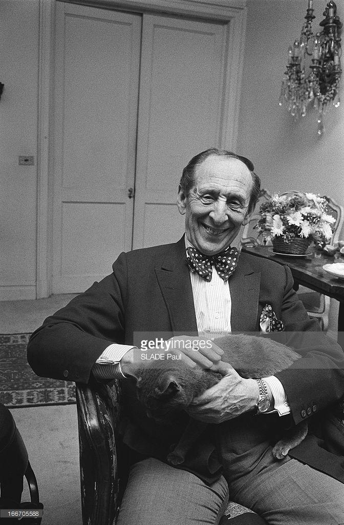Vladimir Horowitz At Home In New York. Le pianiste ...