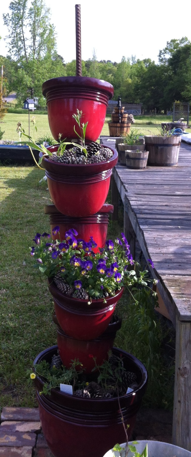 I used red plastic pots instead of terra cotta  on my stacked pots