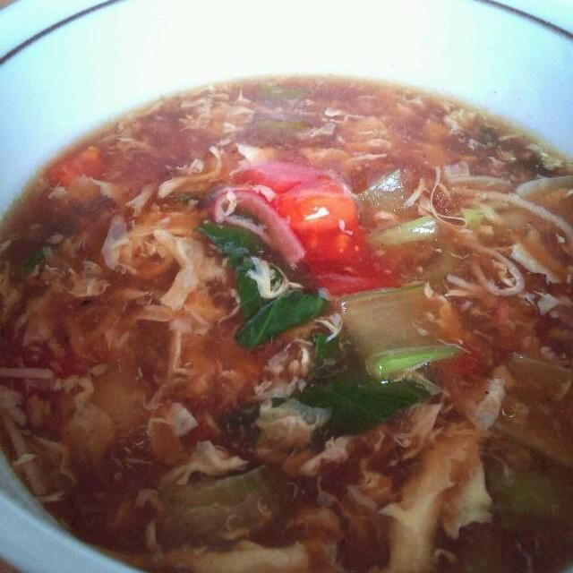 煮豚のスープが余ったので チンゲン菜とトマトを入れて サンラータン - 51件のもぐもぐ - 煮豚のスープでサンラータン by mahitisa