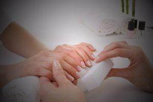 23 Tipps für die Nagelpflege zu Hause