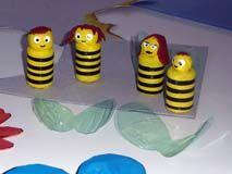 tutorial api con tappi di sughero e tappi di bottiglia di plastica
