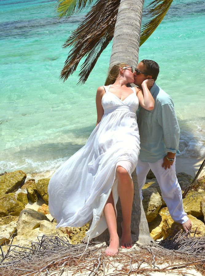 Susan Croft Photography www.AnguillaEscape.com #theluxuryweddingsource, #GOWS, #weddingstyle  Grace Ormonde Wedding Style Cover Option 6