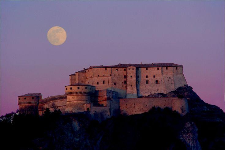 San Leo. Rimini, Italy www.hotelcristallorimini.com