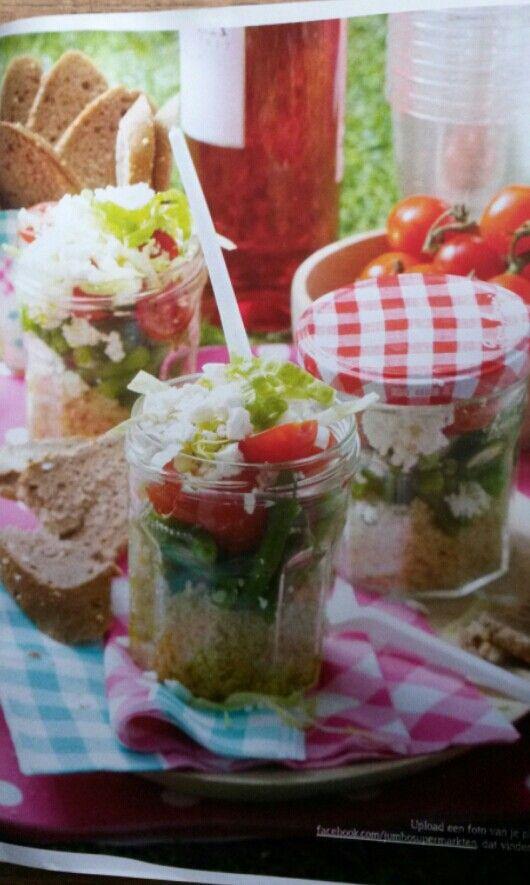 Salade in jampotje. Leuk picknick idee