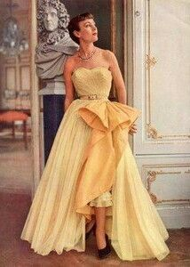 Vintage Glamuroso.