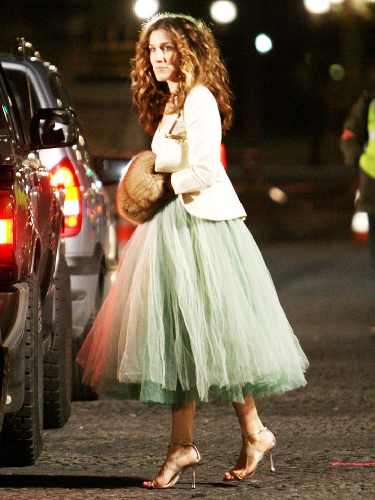 I love those skirts! They always look gorgeous!