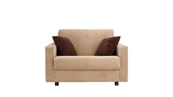 Sofá cama de alta calidad y diseño actual, equipado con un somier Gold+ de gran rigidez, completamente plano y un colchón de 2 metros de largo y 13 cm de grueso. Es uno de los modelos mas vendidos. Guarda la cama hecha con las dos sábanas, una colcha. No hay que quitar los almohadones para abrir la cama. Su comodidad como cama es equiparable a cualquier cama fija, y su comodidad cómo sofá a la de los mejores sofás fijos. Sólo usted sabrá que tiene una cama dentro.
