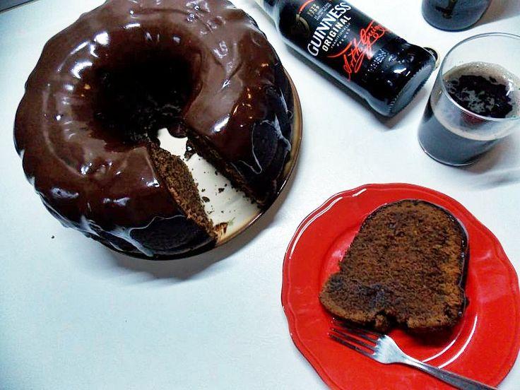 Coś specjalnie na dzień Świętego Patryka - mocno czekoladowa babka z piwem Guinness