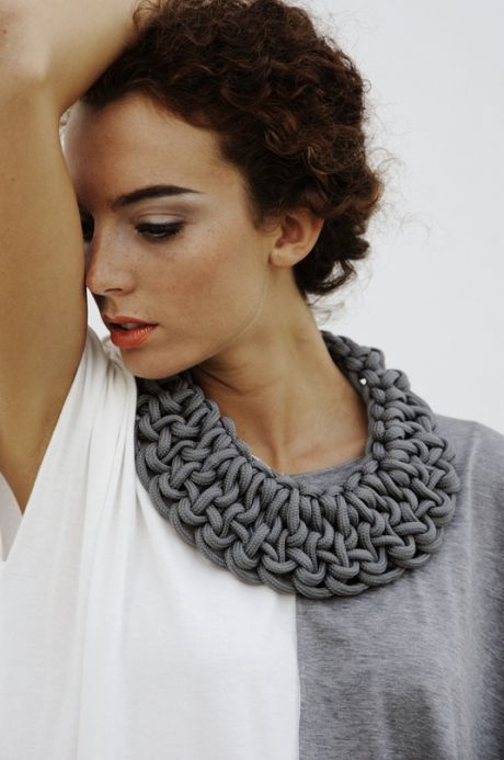 Statement necklace | Knitting | Trapillo