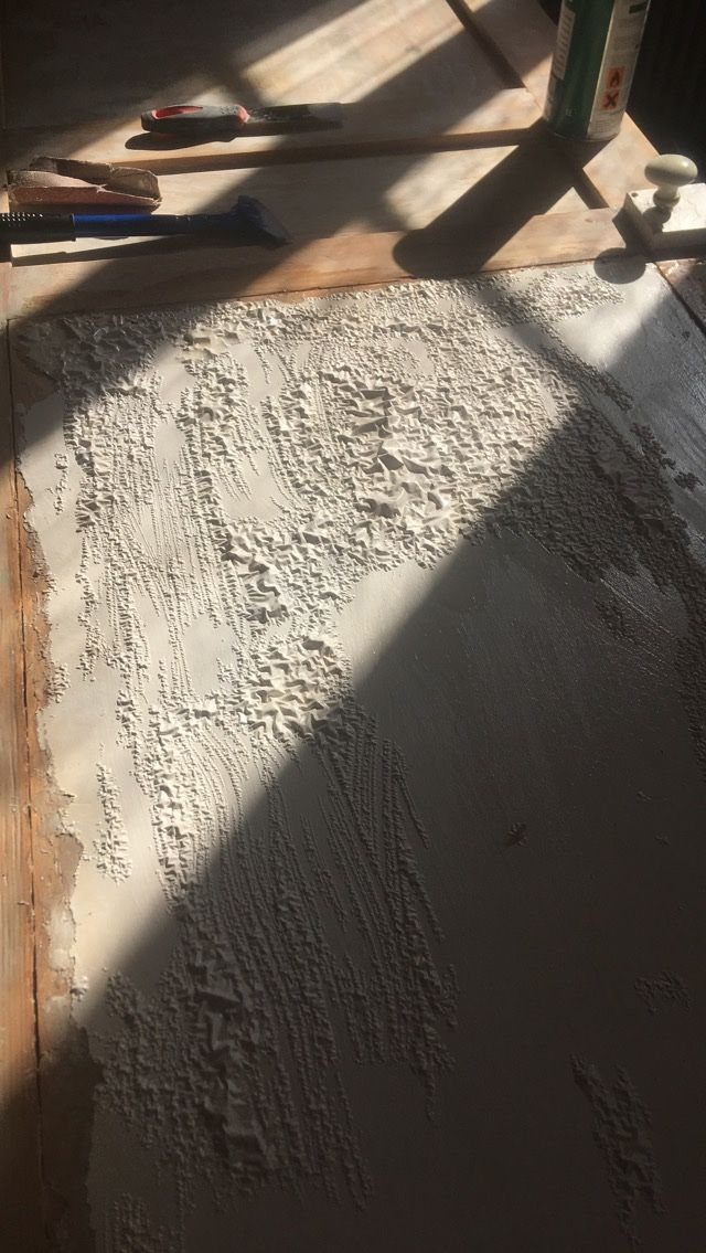 Effet Du Decapant Sur Peinture D Une Porte En Bois Renovation Porte Bois Porte En Bois Peinture