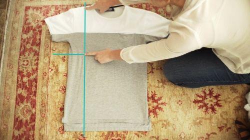 M s de 25 ideas incre bles sobre doblar camiseta en - Truco para doblar camisetas ...