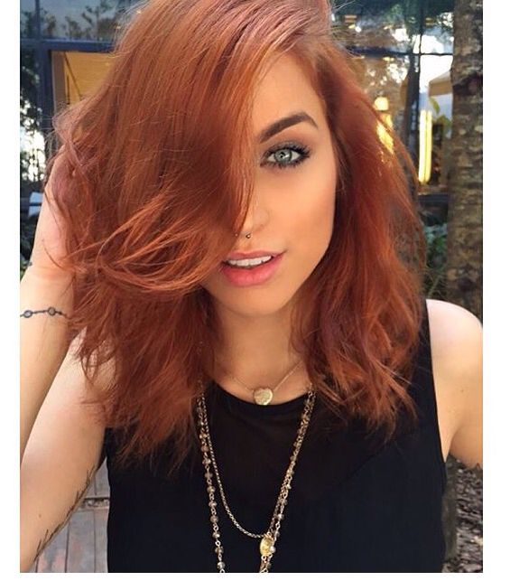 Red Hair - Bruna Unzueta