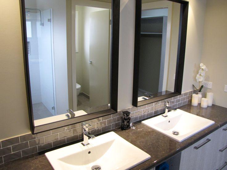 Custom rectangle black mirrors in ensuite