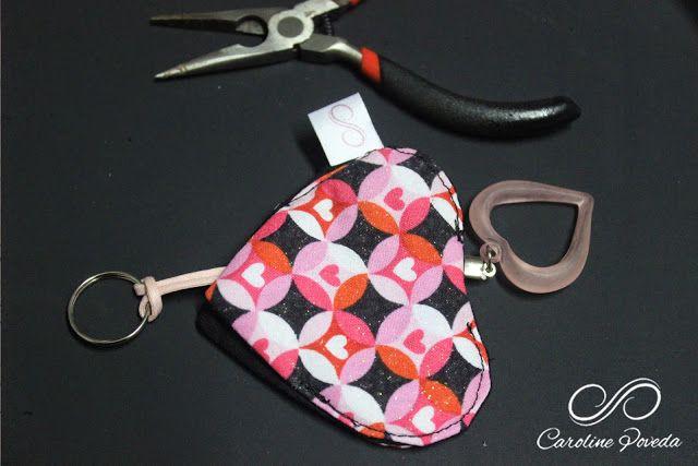 Caroline Poveda Arts e Crafts: PAP- DIY - Chaveiro Coração esconde chave