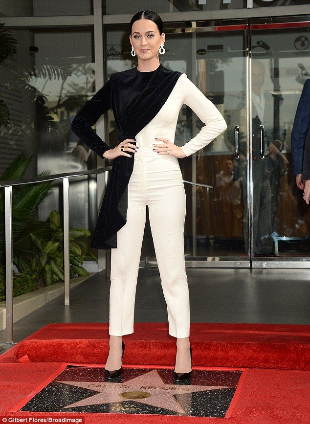 Knockout:Katy Perry looked stunning as she was seen representing Capitol Records with Ste...
