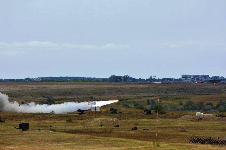 Επαιδευτική βολή ρουμανικού Κ/Β HAWK (μέσω mapn.ro)   Test launch of a romanian HAWK missile (via mapn.ro).