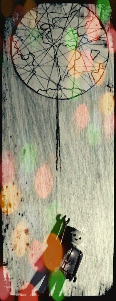 Palavras ao Vento...                        Words to the wind...: Tudo por um fio. Tudo por um fio.  / All hanging b...