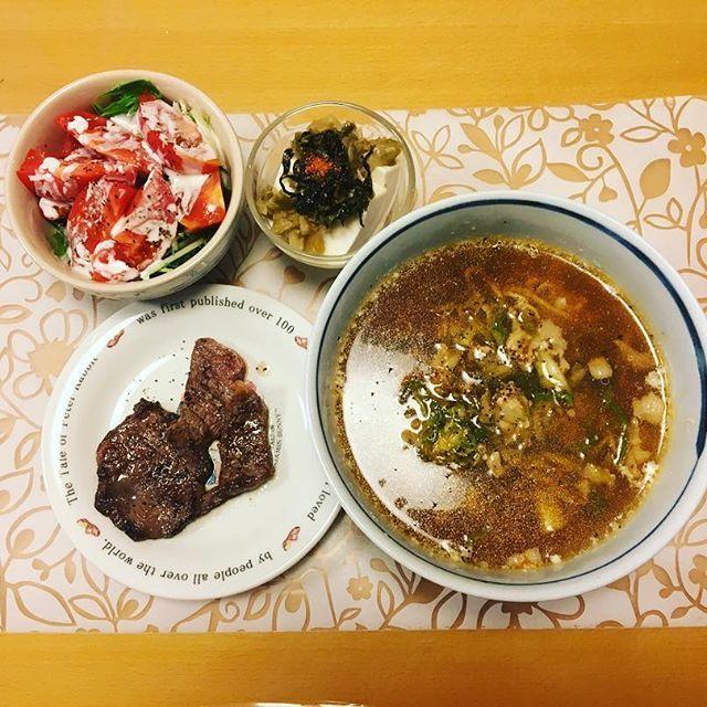 今日は調子が戻ってきたので、夕飯もしっかり食べた‼︎ 7月3日 夕食 #野菜ラーメン#牛タン #カルビ#サラダ#豆腐#ザーサイ#高菜#肉