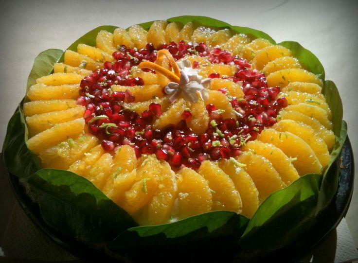 Torta al limone, con arancia e melagrana
