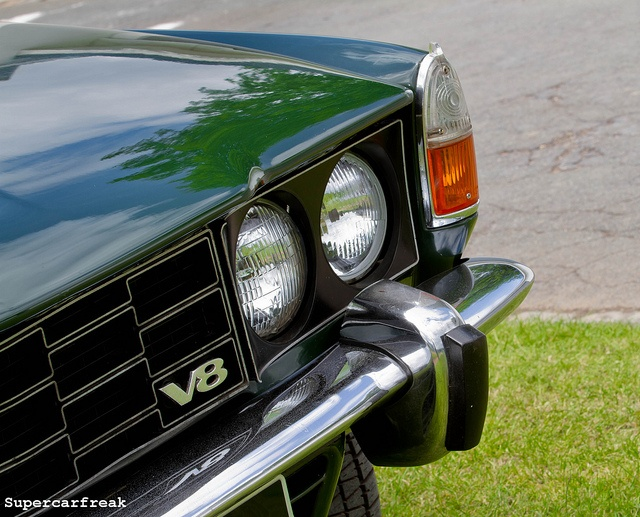 Rover 3500 S V8 | Our wedding car (in retro brown)! So cute and classic.
