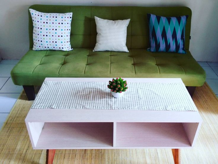 ruang tamunya makin cantik berkat #bantalsofa dan #taplakmejatamu dari @tuturu.project  makasih @tuturu.project udah bikin ruang tamu kita jadi kece badai  . . . . .#tinyhouse #arsitekrumah #ikea #ikeaid #bantalsofa #ruangtamucantik  #rumahidaman #rumahminimalis #furnitureminimalis #ilovehijau #greenisgood #rumahikea #rumahku #rumahminimalismodern by nisafajria