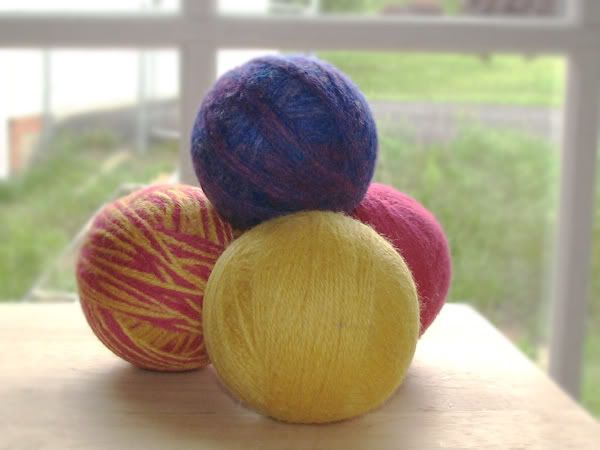Wool dryer ball how-to
