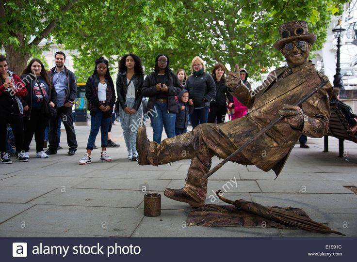 Street Performer Living Statue Stock Photos & Street Performer ...