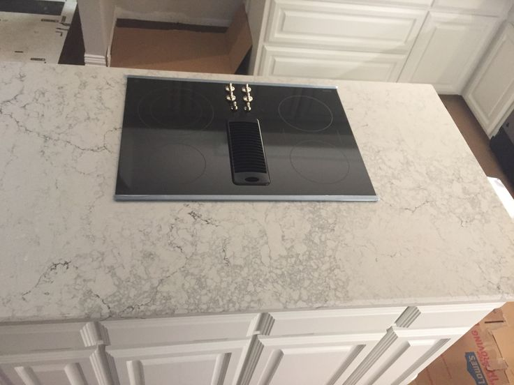 Caesarstone Montblanc Quartz In 2019 Kitchen Remodel Kitchen Design Mont Blanc