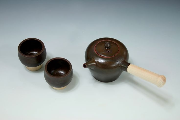 Onggi teapot,earthenware.  JaHyeon Jeon Work.2014.Korea