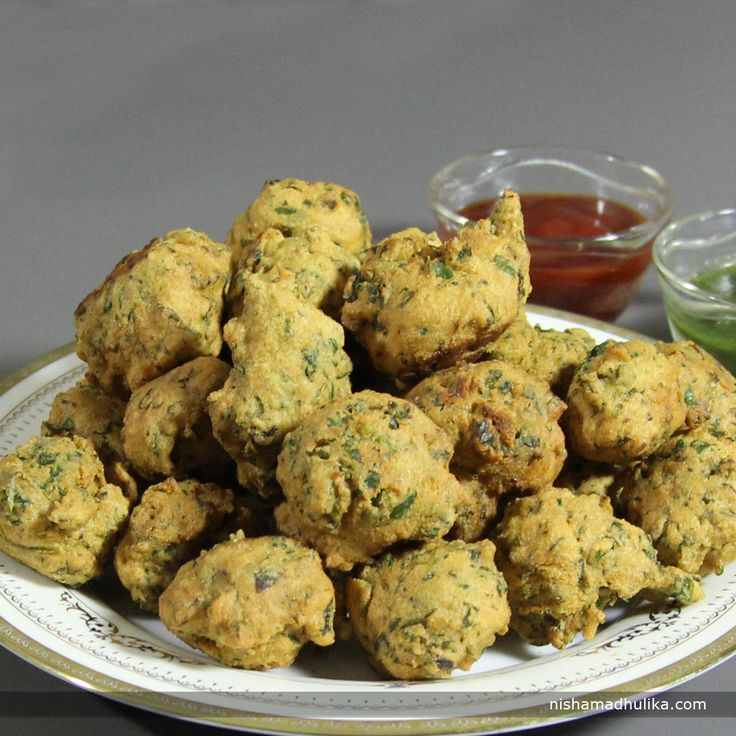 Best 25 nishamadhulika snacks ideas on pinterest recipes for crunchy and scrumptious methi pakoras for a perfect supper recipe in english http forumfinder Choice Image