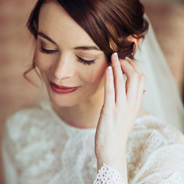 Beautiful bride captured by @jessicarosephotographyau. Image edited with ELMT Fire 04.    #triberedleaf #elmt #elmtfire    #Regram via @redleafstudios