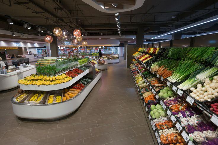 Friss zöldség és gyümölcs pultjaink