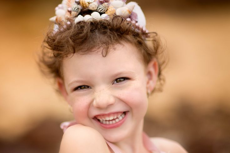 Children photography ideas. Mermaid. Styled session. DIY tiara. Portrait. Beautiful skin editing photoshop